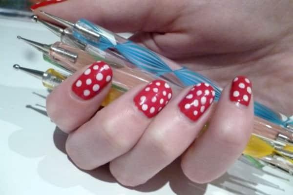 Dotting tool - technique Nails Art